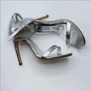 Pretty Little Thing Silver Heels Size 9